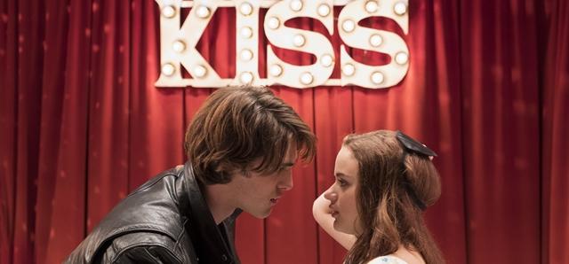 """חדשות הקולנוע: הסצנה שנחתכה מ-""""דוכן הנשיקות"""". Marcos Cruz/Netflix"""