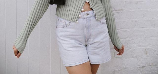 נכנסים לקיץ: שישה מכנסיים קצרים אך לוהטים. צילום מסך מאינסטגרם gabriellebassett@