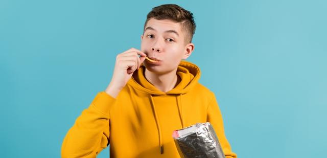 Food Feed: השוקולד החייכני והחטיף שלא תפסיקו לנשנש. adobestock