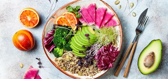 תהיו בריאים: כך תשמרו על תזונה נכונה ומאוזנת בחופש . AdobeStock