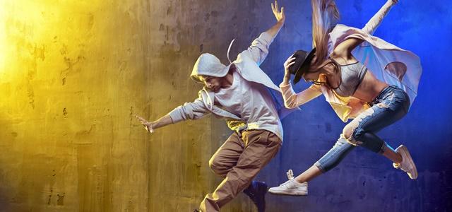 לא מתכוונים לוותר: הצעירים שנלחמים על הסטודיו. adobestock