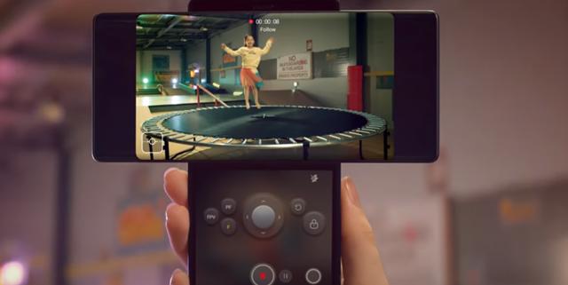 סמארטפון עם מסך כפול: זה מה שחשבנו על ה- LG WING. LG