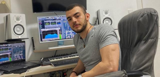 כוכב חדש בשטח: המפיק המוזיקלי שחולם בגדול. פרטי
