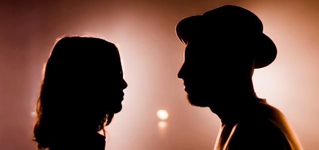 צעד רשמי: נתן גושן בקליפ עם ארוסתו. באדיבות יחסי ציבור