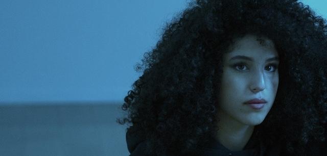 בעוד צעד: גאיה שאקי מציגה קסם אישי בשיר חדש. זהבית לגאלי