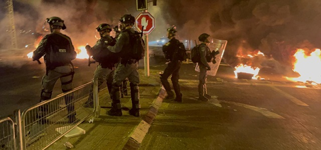 אמ;לק: הסלמה, טילים, מהומות ואזעקות. באדיבות דוברות משטרת ישראל