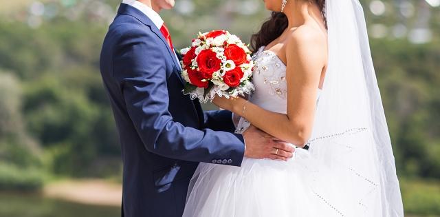 רכילות בקטנה: החתונה שאי אפשר לפספס. adobestock אילוסטרציה